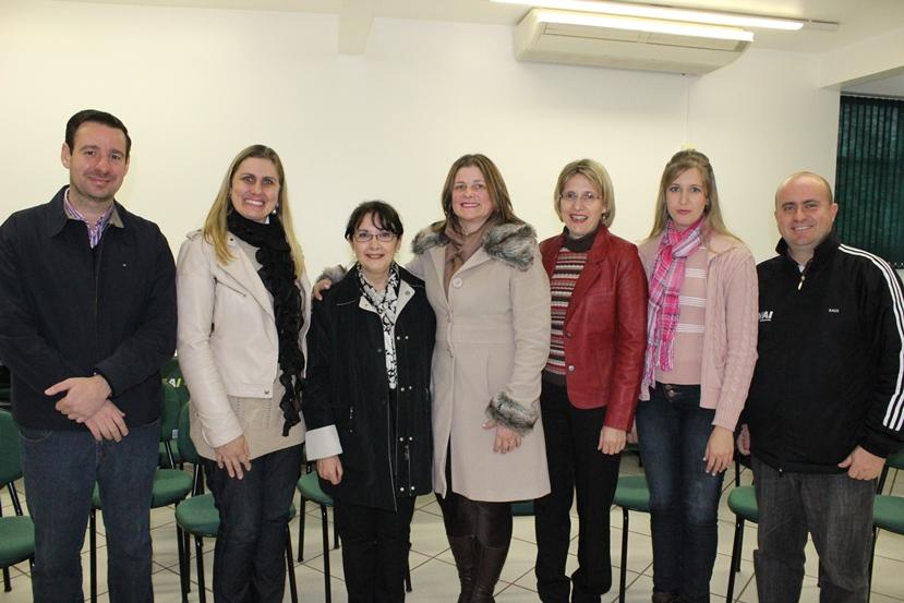 FAI Faculdades recebe embaixadora da Romênia, Diana Radu